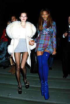 Кожа, каре и ботуши високи до коляното са били като униформа за Кейт Мос и Наоми Кембъл през 1991 година.