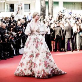 Модната надпревара по червения килим в Кан продължава