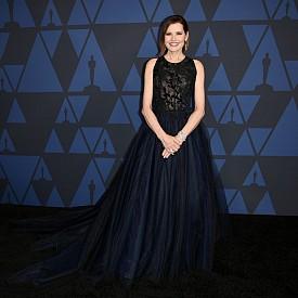Какво облякоха звездите на Governors Awards