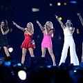 Spice Girls се завръщат в пълен състав, защото #FriendshipNeverEnds