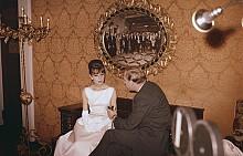 """Одри Хепбърн дава интервю в """"Плаза"""", 1961 г."""