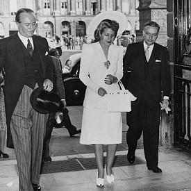 """Първата дама на Аржентина, Ева Перон, пристига в """"Риц"""", 1947 г."""
