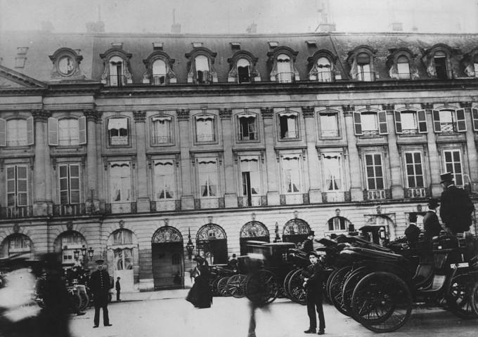 """Хотели с история: """"Риц"""" в Париж"""