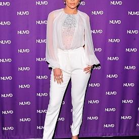 Джей Ло е една от онези жени, които  засенчват всички присъстващи, дори и на 45!