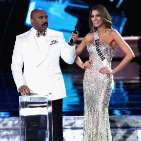 Ариадна и Стив по време на конкурса