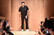 Рикардо Тиши превзема модния подиум в Лондон