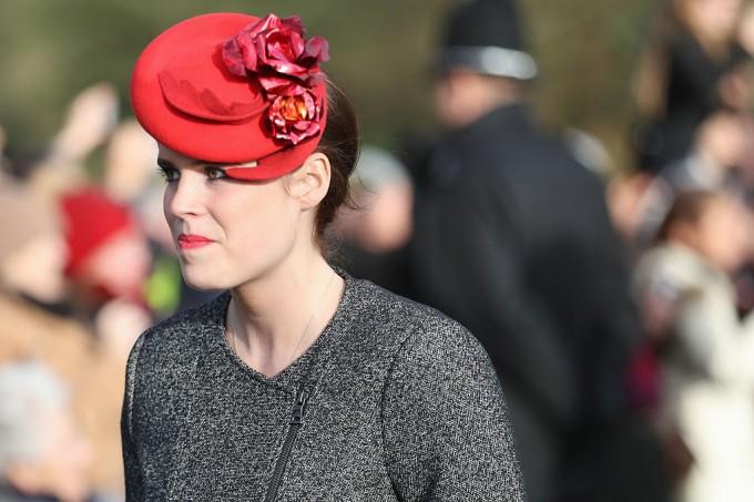 Защо, за разлика от Кейт Мидълтин и Меган Маркъл, принцеса Юджини има Instagram