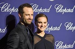 10 известни двойки, които пренесоха ролите си от филмовата площадка, в личния си живот