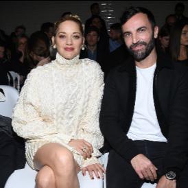 Никола Геские заедно с Марион Котияр по време на Paris Fashion Week - Haute Couture