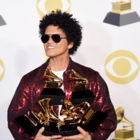 """Големият победител на наградите """"Грами"""" за 2018 е Бруно Марс"""