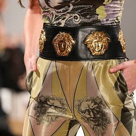 Michael Kors купи VERSACE + 3 новини от модния свят