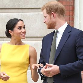 Принц Хари и Меган Маркъл си взеха кученце