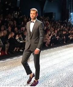 Григор Димитров в ревю на Dolce & Gabbana есен-зима 2017/2018