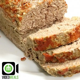 Ground turkey meat loaf 1- Preheat oven to 180C (350F) 2- In a blender grind up about 360ml (1.5 cups) of oats 3- In a la