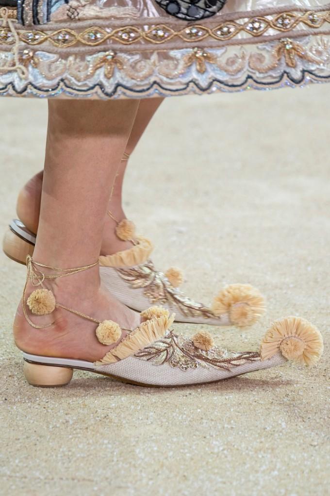 Guo Pei Haute Couture