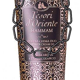 Душ-крем за тяло от серията Hammam на TESORI D'ORIENTE. Истински аромат на съблазън и чувственост, разгръщащ се в буйни нотки на мандарина, сладки бадемови цветове, портокал, арабски жасмин, ванилия и кехлибар.