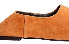 Мюлет чехлите бързо се превърнаха в хит, но според нас това няма да е единственият сезон, в който ще ги носим. / Чехли H&M, 59.99 лв.