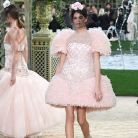Chanel Couture Spring 2018 и новата муза на Карл Лагерфелд