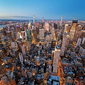 Благодарение на ултра широкоъгълния обектив, можете да заснете небостъграчите в Ню Йорк така