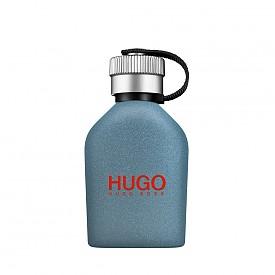 С енергизиращи връхни нотки хималайско цвете и наситени сърцевинни нотки на ароматен черен чай, новият лимитиран аромат на HUGO - Urban Journey, мигновено привлича вниманието. Лице на парфюма е Зак Ефрон.