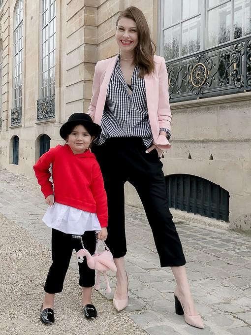 Модният блогър Венета и дъщеря й разказват от първо лице за атмосферата на ревюто на Dior в Париж