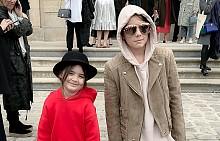 Венета и Кайра на ревюто на Dior в Париж