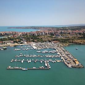 Пристанището на Созопол