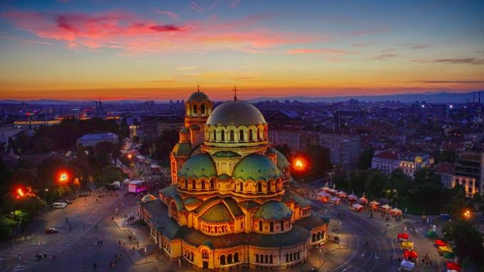 Катедралата Свети Александър Невски, София