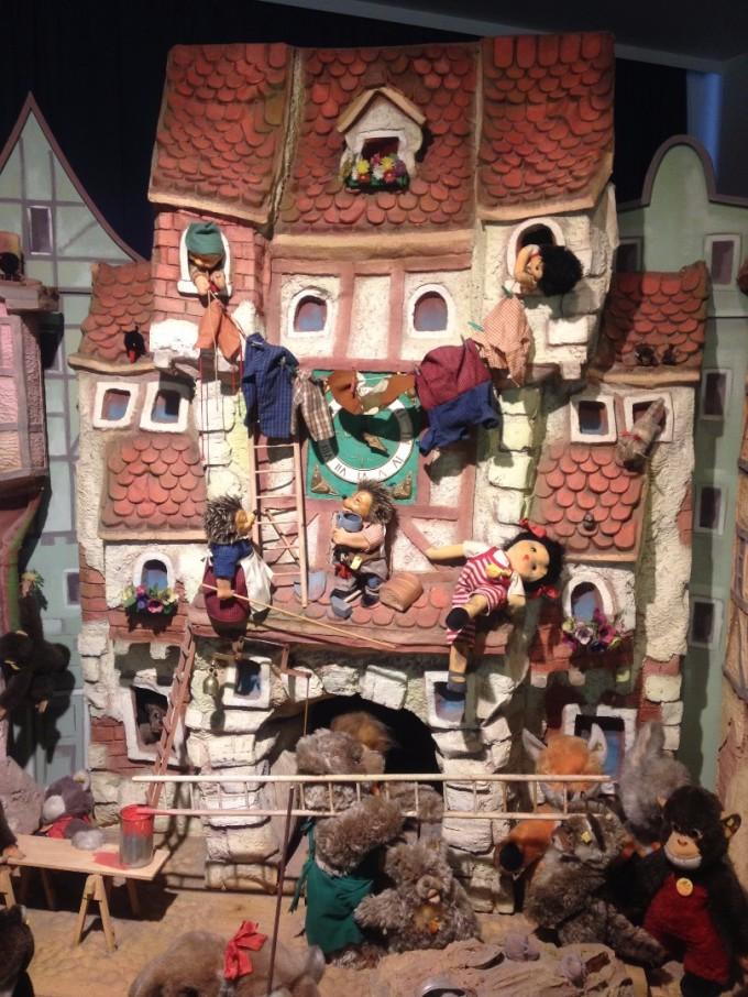 Танцуващите звезди в музея на играчките в Триер.