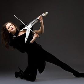 Абигейл Щалшмид - една от най-привлекателните цигуларки в света, няма търпение да се върне отново в България
