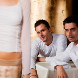 Какво си мислят мъжете, докато ни заглеждат?
