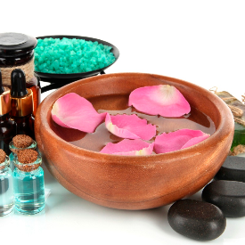 Как да включите розовата вода в ритуалите за красота?