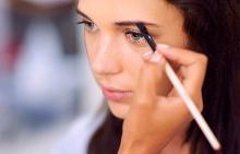 Формата на веждите подсказва за състоянието на здравето