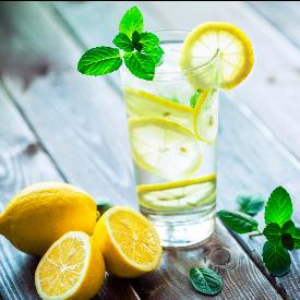 7 доказателства, че вода с лимон е полезно да се пие винаги