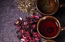 ЗЕЛЕН И БИЛКОВ ЧАЙ – ПО ЦЯЛ ДЕН.  Тези чайове помагат да се намали риска от сърдечно-съдови заболявания и някои форми на рак. Жителите на Икария пият всеки ден отвара от розмарин, див градински чай и глухарче – всички тези билки имат противовъзпалителни свойства.