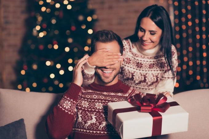 Коледен бюти шопинг: най-добрите мъжки комплекти