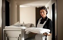 КАЛЪФКИ ЗА ВЪЗГЛАВНИЦИ И ЗАВИВКИ / Дори в най-евтините хотели или хостели могат да изперат спалното бельо. Но как стои положението с топлите завивки и одеялата? Не се поддавайте на мързела, а преди да легнете, изтупайте добре завивките си.