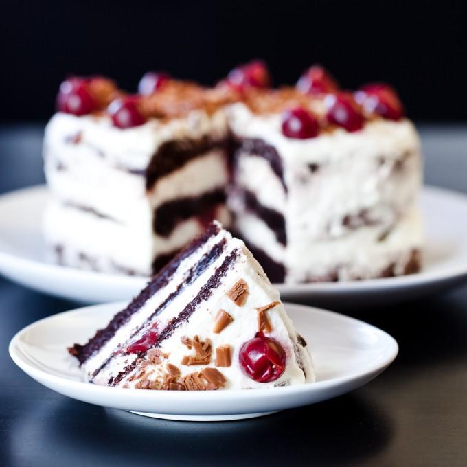 """Празнуваме деня на тортата """"Шварцвалд""""!"""