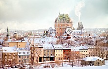 Старата част на Квебек със замъка Фронтенак, който днес е първокласен хотел