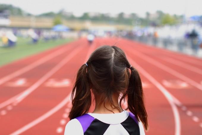 Лека атлетика: бягането и скоковете помагат не само да...