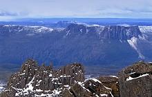 Най-високата точка на Тасмания - връх Оса (1610 м).