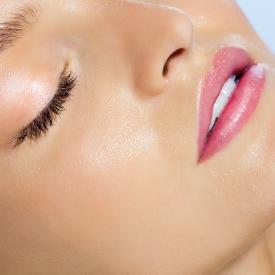 Защо е толкова важна хидратацията на кожата на лицето?