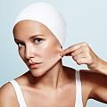 Антиейдж продуктите, от които козметичния ви несесер (а и кожата ви) се нуждае!