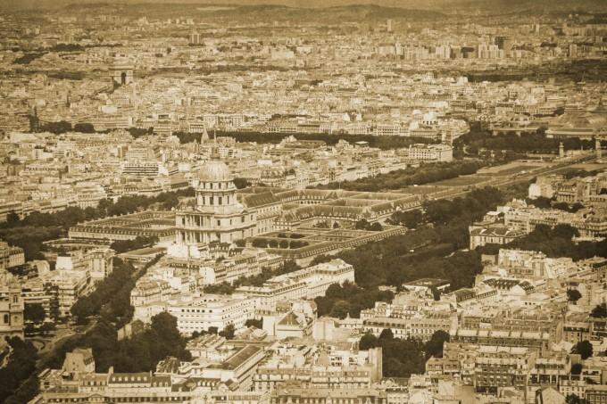 Някогашен Париж отвисоко