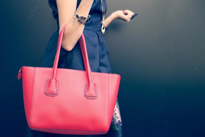 Топ тренд за есента: макси чанти