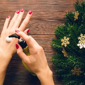 Как да се грижите за кожата на ръцете си през зимата?