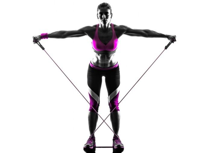 Ръце и гръб: в изправена позиция сте, краката са леко...