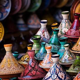 Съдове за готвене на традиционното мароканско ястие тажин
