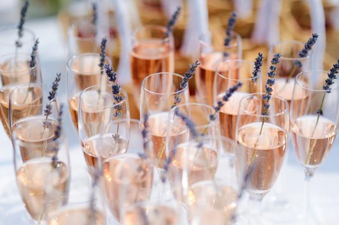 Гостите остават с 16% по-дълго в ресторанти с аромат на лавандула.