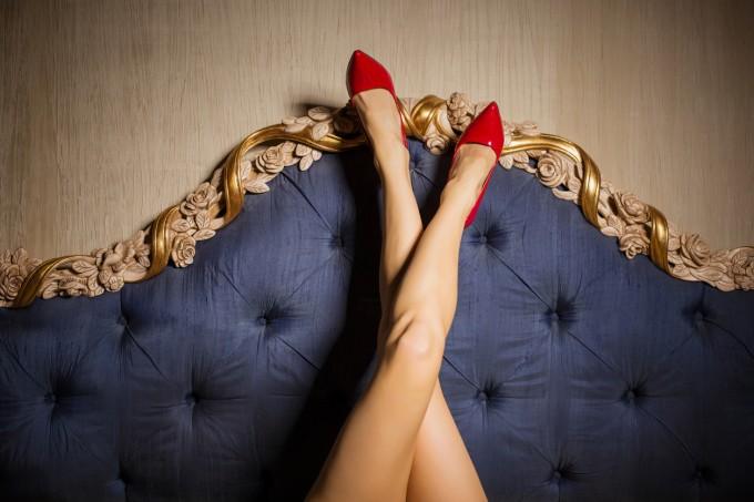 20% от жените се вълнуват повече от обувките, отколкото от мъжете си.